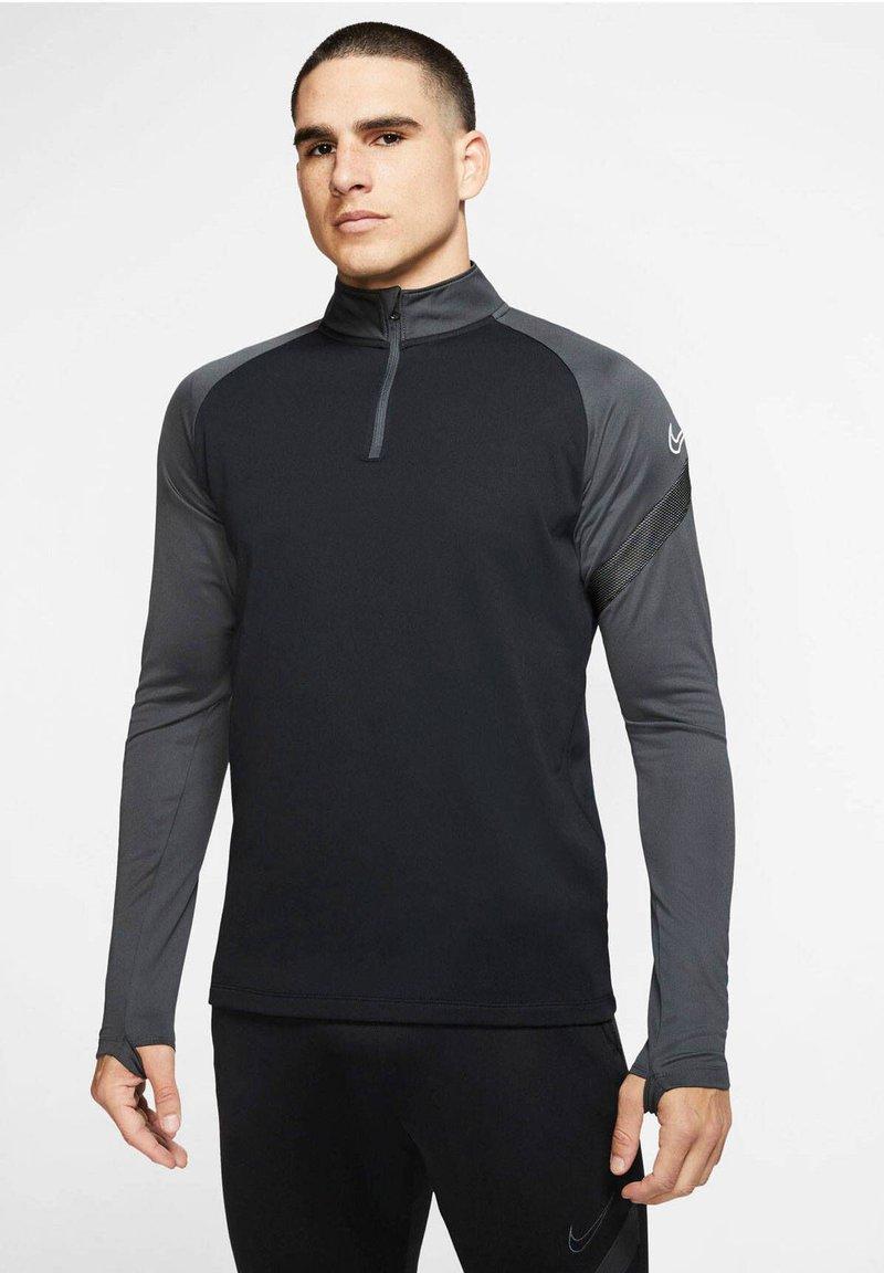 Nike Performance - DRI-FIT ACADEMY - Langærmede T-shirts - schwarz/grau (718)
