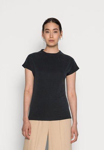 VEDA - Basic T-shirt - black