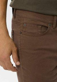 BRAX - STYLE CADIZ - Straight leg jeans - nougat - 4