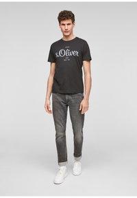 s.Oliver - Print T-shirt - black - 1