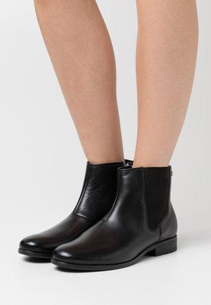 UNICO NURIA CHELSEA - Kotníková obuv - black