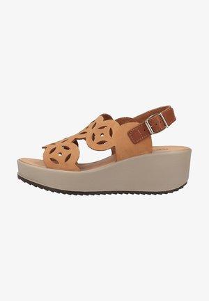 Sandaler m/ kilehæl - cuoio