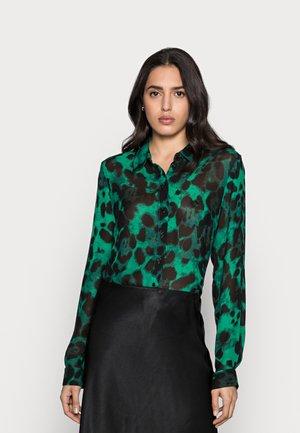 YASMEEN SHIRT - Button-down blouse - green