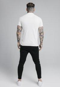 SIKSILK - PREMIUM TAPE - Polo shirt - off-white - 2