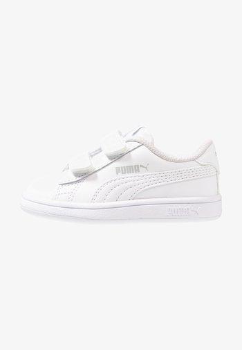 SMASH V2 - Trainers - white