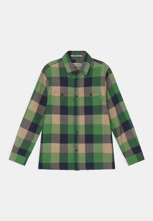 LIGHTWEIGHT LONG-SLEEVED - Skjorte - green