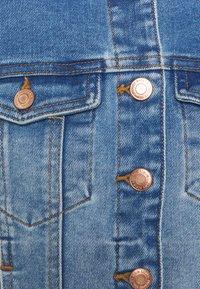 Vero Moda - VMFAITH SLIM JACKET - Veste en jean - medium blue denim - 2