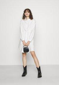 Pieces - PCELLON SHIRT DRESS  - Shirt dress - cloud dancer - 1