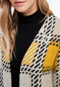 s.Oliver - Cardigan - yellow check - 3