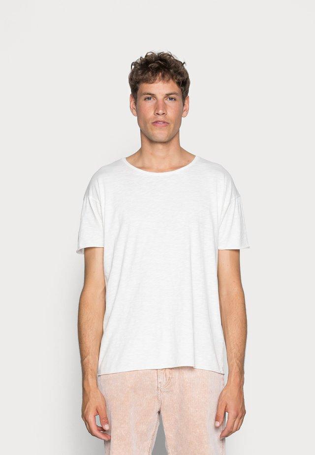 ROGER - Basic T-shirt - offwhite