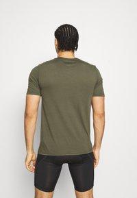 Oakley - BARK - Print T-shirt - new dark brush - 2