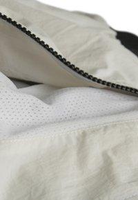 Urban Classics - CRINKLE BATWING  - Training jacket - black/white - 7