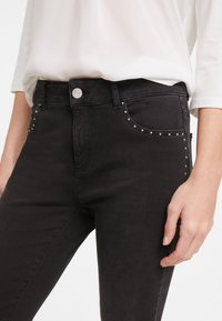 comma casual identity - HOSE LANG - Slim fit jeans - anthracite - 3