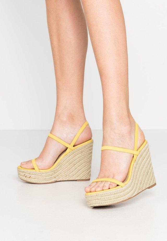 SKYLIGHT - Sandales à talons hauts - yellow