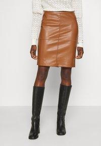 Vila - VIPEN NEW SKIRT - Pencil skirt - oak brown - 0