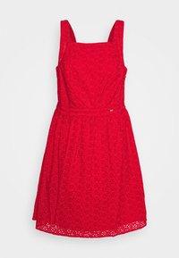 Superdry - BLAIRE BRODERIE DRESS - Denní šaty - apple red - 3