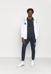 Nike Performance - RUN - Print T-shirt - black/thunder blue/silver - 1