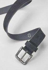 s.Oliver - MIT ZIERNAHT - Belt - smoky blue - 3