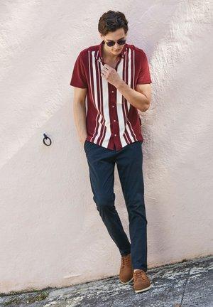 Skjorta - red