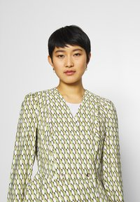 comma - Blouse - green - 3