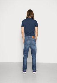 Diesel - D-VIKER - Straight leg jeans - 09a92 01 - 2
