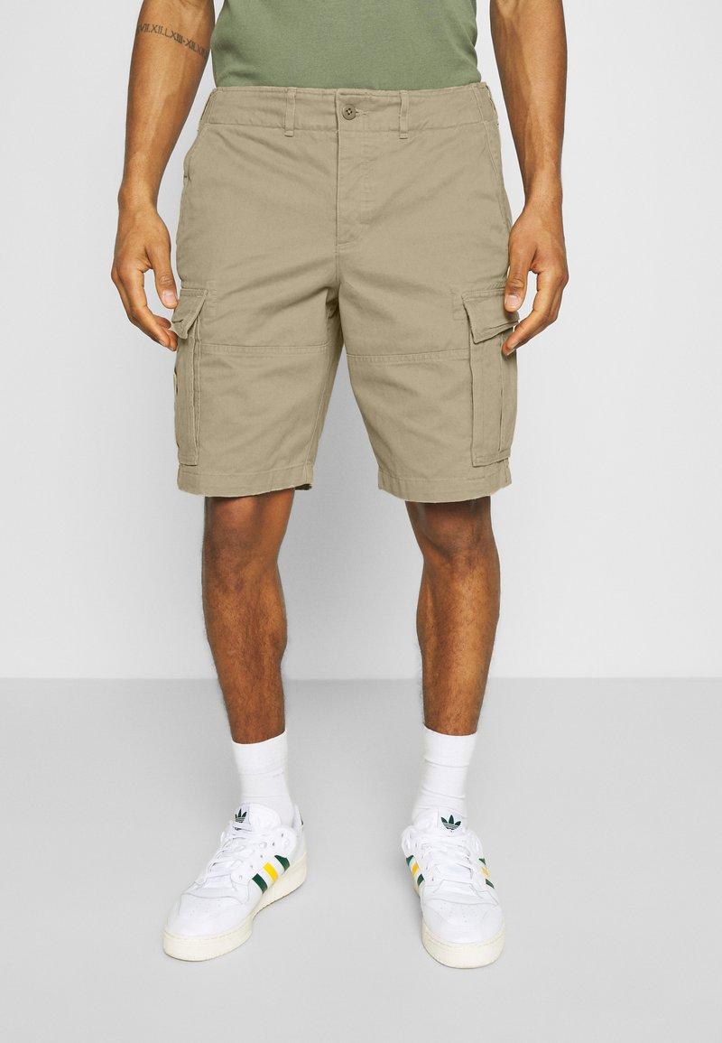 Abercrombie & Fitch - Shorts - kelp