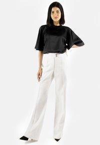 Aline Celi - MARLENE  - Trousers - white - 1