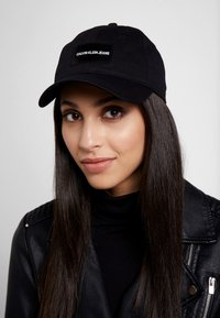 Calvin Klein Jeans - INSTITUTIONAL PATCH - Casquette - black - 4