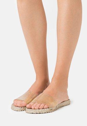 CHERI - Sandaler - platin