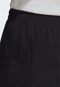adidas Originals - Pantalones deportivos - black - 4