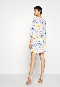 ONLY - ONLSANDRA SHORT DRESS - Denní šaty - cloud dancer - 2