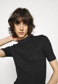 Calvin Klein Jeans - LOGO TRIM TEE - Print T-shirt - black - 3
