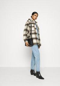 ONLY - ONLALLISON CHECK SHACKET - Winter jacket - pumice stone/black - 1