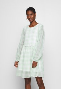 Love Copenhagen - EDWINA DRESS - Kjole - white/green - 0