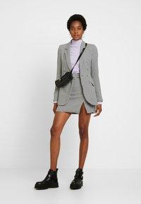 Fashion Union - BAKER - Blazer - black/white - 4