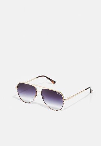 HIGH KEY - Sunglasses - gold-coloured