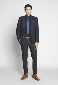 Seidensticker - BUSINESS KENT - Formal shirt - dark blue - 1