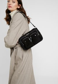 Núnoo - ELLIE NEW - Sac bandoulière - black - 1