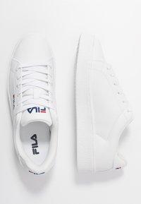 Fila - UPSTAGE  - Sneakersy niskie - white - 3