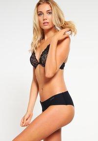 Calvin Klein Underwear - Sujetador sin aros - black - 1