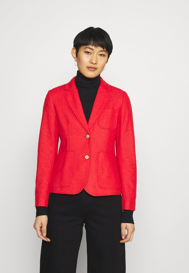 Blazer - lava red