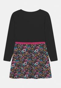 Lemon Beret - SMALL GIRLS DRESS - Jersey dress - black - 1