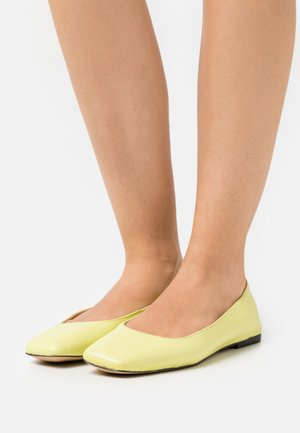 FRANCO - Ballet pumps - summer pear