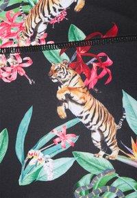 Von Dutch - EMERSON - Shorts - tiger - 7