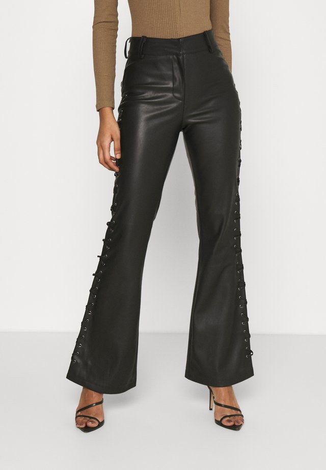LACE UP FLARES - Broek - black
