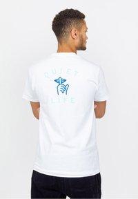 The quiet life - T-shirt imprimé - white - 1