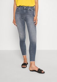 ONLY - ONLBLUSH LIFE  - Jeans Skinny Fit - special blue grey denim - 0