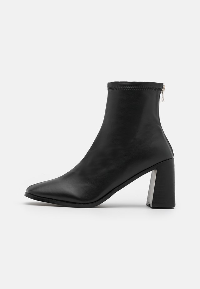 WELT BLOCK HEEL - Ankle boot - black