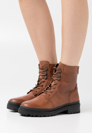 VMHEIDI BOOT - Lace-up ankle boots - cognac