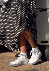 Converse - CHUCK 70 MISSION-V - Baskets montantes - white/black - 4